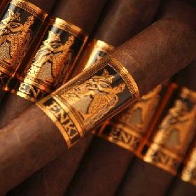 Cigar Ashtray The Roman Chivalry H/&H Cigar Ashtray